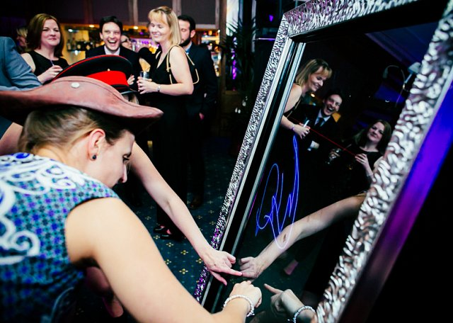 Dream Mirror Photobooth for Hire