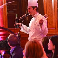 Encore - Singing Waiters to hire
