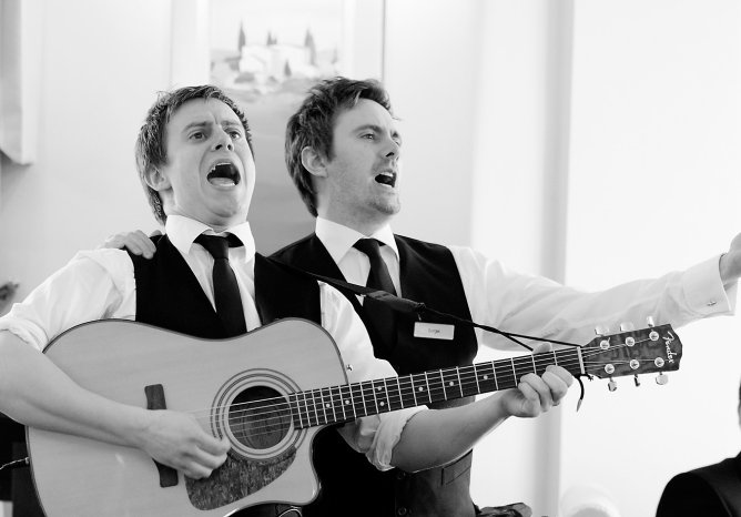 Singing Waiters (non operatic) 3 Singers
