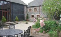 Upwaltham Barns Upwaltham, West Sussex, GU28 OLX